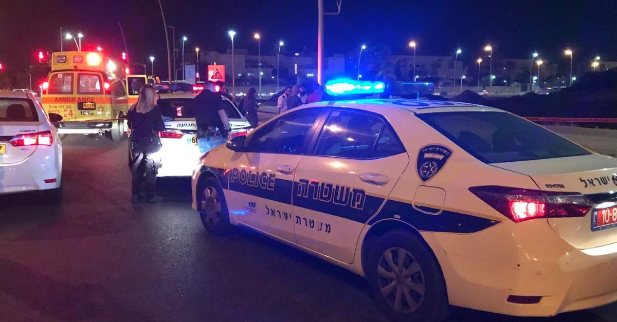 ירה לעבר שני צעירים שחשד כי הם פורצים