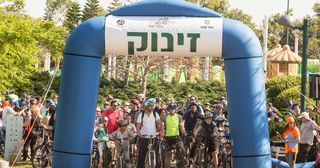 אירוע מתגלגלים הקודם. עולים על אופניים | צילום: באדיבות עיריית כפר סבא