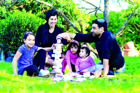 חדד עם אסנת, משי, מאיה, מיקה ומגדל התרופות | צילום: יהונתן הזה