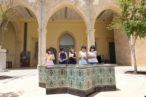 פעילות במוזאון לתרבות האסלאם ועמי המזרח. צילום: מישל אמזלג