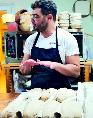 אסף האופה. להידבק בחיידק הלחם   צילום: מאיה הלפרט