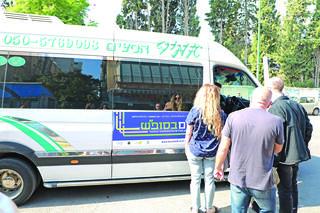 מיזם  התחבורה הציבורית שיצא לדרך בשבת האחרונה בתל אביב | צילום:  דנה קופל